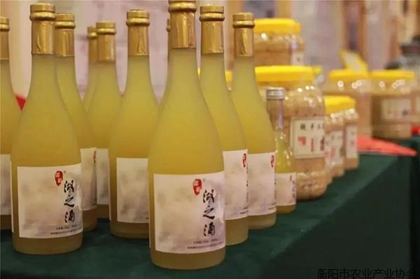 怡和实业举办谋彩湖之酒新品发布会
